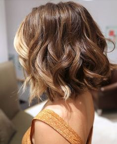 Short & sweet, yet still appropriate with those early fall hughes #wavyhair #shorthair #fallhair #2014 For all your salon equipment needs & professional tips: http://www.kellerinternational.com/news.aspx