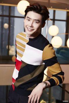 ❤❤ 이종석 Lee Jong Suk    one beautiful face ♡♡ that smile.. that look..    Vogue Taiwan