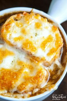 This Irish Onion Soup is a rich, yet smooth soup that's perfect for fall or winter. It warms your bones after a day out in the cold. I love a good french o