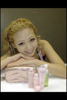 AAA 伊藤千晃オフィシャルブログ「美食音(Bijyo)Diary」 http://ameblo.jp/chiakiki110/entry-11351109888.html