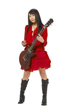 ギターリスト   矢井田瞳(やいだ ひとみ ...