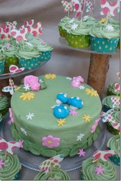 This Fairy Garden cake looks like a really fun, delicious, & unique birthday or baby shower cake.