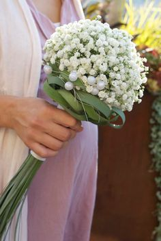 The next time I have a bride who wants a baby's breath bouquet I'm going to suggest something like this. The next time I have a bride who wants a baby's breath bouquet I'm going to suggest something like this. White Wedding Bouquets, Bride Bouquets, Bridesmaid Bouquet, Gypsophila Wedding Bouquet, Hand Bouquet, Deco Floral, Bridal Flowers, Flower Designs, Floral Arrangements