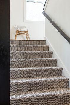 Carpet Stairs Colour - Carpet Boho - White Carpet Decor - Carpet Stain Remover Coffee - Hand Made Carpet DIY - Light Green Carpet Carpet Diy, Wall Carpet, Modern Carpet, Carpet Flooring, Shaw Carpet, Carpet Decor, Hallway Carpet Runners, Cheap Carpet Runners, Houses