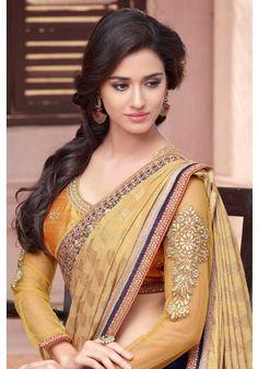 HappyShappy - India's Best Ideas, Products & Horoscopes Beautiful Girl Indian, Most Beautiful Indian Actress, Beautiful Saree, Gorgeous Women, Beautiful Bollywood Actress, Beautiful Actresses, Beauty Full Girl, Beauty Women, Disha Patni