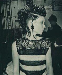 Lisbeth Salander Faux Gauge Earings - Dizaster In A Halo Dragon Tattoo Rooney Mara, Punk Chic, Lisbeth Salander, Girl Short Hair, Alternative Girls, New Hair, Film, Cool Hairstyles, Short Hair Styles