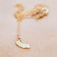 California State Necklace. I want this one too!!!!