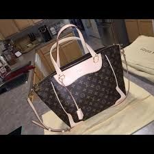 Include some timeless Louis Vuitton opulence to day to day with the Estrela NM. Legendary Monogram canvas and a beautiful shape provide it with long lasting charm, while its many different carry choices contribute a stylish contemporary twist. http://www.luxtime.su/louis-vuitton-handbags/louis-vuitton-monogram-canvas-estrela-nm-beige-m51191