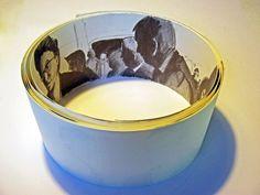 86 menschen im dorfhus spiez - bleistift auf papier - 10x406 cm Serving Bowls, Tableware, Paper, Pencil, People, Dinnerware, Tablewares, Dishes, Place Settings