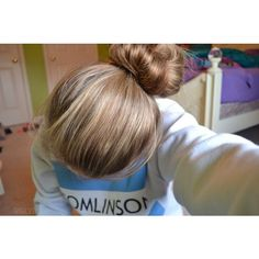 tumblr quality. ❤ liked on Polyvore featuring pictures, hair, pics, blue and icons