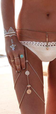 Boho jewelry :: Rings, bracelet, necklace, earrings + flash tattoos :: For Gypsy…                                                                                                                                                                                 Más
