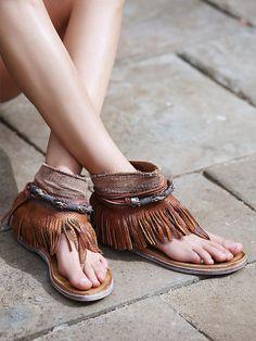 Wonder Land Fringe Sandal