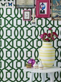 Trina og Smaragdgrøn FR1141 kler farger, og det er enkelt å velge en fargepalett, her er alt mulig! Colours, Frame, Home Decor, Homemade Home Decor, A Frame, Frames, Hoop, Decoration Home, Interior Decorating