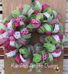 Green Everyday Wreath, Summer Wreath, Green wreath, Lime green wreath, Green and pink wreath Pink Wreath, Green Wreath, Spring Crafts, Holiday Crafts, Easter Wreaths, Christmas Wreaths, Easter Crafts, Easter Decor, Easter Ideas