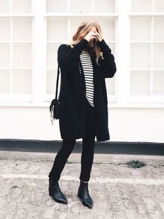 (paid link) How to wear chelsea boots: perfect outfit ideas.. **You can get more details by clicking on the image. Galaxy Converse, Grunge Style, Soft Grunge, Look Fashion, Fashion Outfits, Womens Fashion, Grunge Outfits, Ootd, Fall Winter Outfits