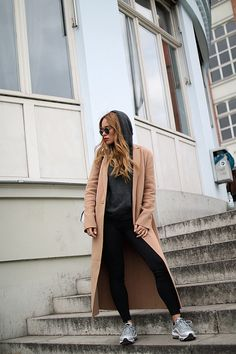 Outfit: Off Duty Look - Desi is wearing Proenza Schouler Hex bag, Maje camel coat, Nike Air Max 97, Nike Leggins, Ray-Ban sunglasses. - teetharejade.com