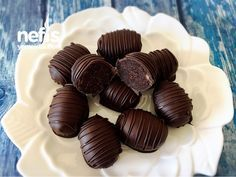 Bonus Candies Dk Da) z le Ingredients Crumbled up to cups of cocoa cake emeli Bonus Candies Dk Da) z le Ingredients Crumbled up to cups of cocoa cake emeli Cake Mix Cobbler, Delish Videos, Turkish Sweets, Cocoa Cake, Cake Truffles, Cookie Time, Yummy Food, Tasty, Homemade Desserts