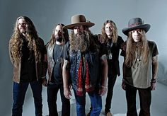 Like any other regular guy, Blackberry Smoke's Charlie Starr was talking about the weather.