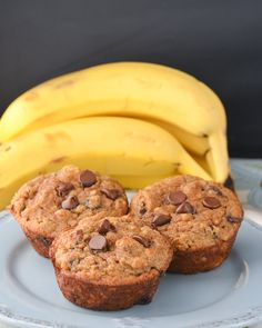 These Coconut Flour Banana Bread Muffins are gluten-free and packed with chunky banana and chocolate chips! They are perfect for breakfast or as a snack with a warm cup of tea! Coconut Flour Banana Bread, Baking With Coconut Flour, Coconut Flour Recipes, Peanut Butter Muffins, Healthy Peanut Butter, Peanut Butter Banana, Andes Mint Chocolate, Chocolate Chunk Cookies, Chocolate Chips