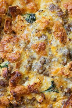 brunch ideen This overnight sausage, egg and croissant breakfast bake is the perfect way to start the day! It's delicious, filling and easy to prep! Overnight Breakfast Casserole, Breakfast Casserole Sausage, Breakfast Bake, Breakfast Dishes, Breakfast Recipes, Overnight Egg Bake, Breakfast Ideas, Breakfast Croissant, Egg Bake Casserole