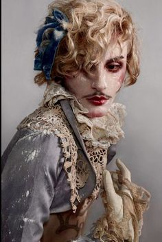 Monarchy by ValentinPerrin, for the love of Androgyny. Character Inspiration, Character Design, Drag King, Rococo Fashion, Foto Art, Cabaret, Rupaul, Costume Design, Clowns