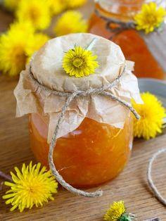 Edible flowers - Dandelion jam