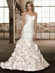 Trumpet/Mermaid Sweetheart Taffeta Sweep Train Ivory Pick-Ups Wedding Dresses -£148.0