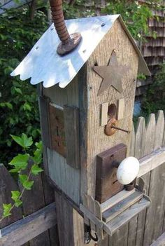 recycled crafts for birdhouse design