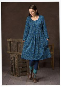 """Enjoy laid-back feel-good in this lush eco-cotton jersey dress with its playful """"Blueberry"""" pattern. Box pleats at the waist and three-quarter length sleeves. Picot trim at the bottom hem and sleeve hem as delicate detailing. Mode Plus, Colourful Outfits, Colorful Clothes, Boho Fashion, Womens Fashion, Kinds Of Clothes, Mode Outfits, Mode Inspiration, Sewing Clothes"""
