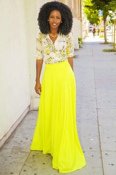 Yellow Skirt Outfits- 27 Ideas on How to Wear a Yellow Skirt - Short Bob Hair Styles Fashion Mode, Modest Fashion, Womens Fashion, Fashion Trends, Yellow Skirt Outfits, Yellow Maxi, Bright Yellow, Neon Skirt, Bright Colors