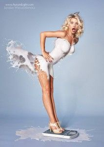 milky-pinups-calendrier janvier 2014 femme sexy