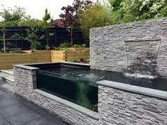 Sloped Garden, Garden Pond, Water Garden, Garden Landscaping, Aquarium Garden, Lush Garden, Garden Deco, Landscaping Ideas, Coy Pond