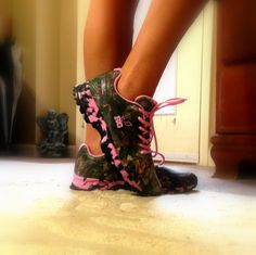 #pink #realtree #camo.  My next pair of SHOES