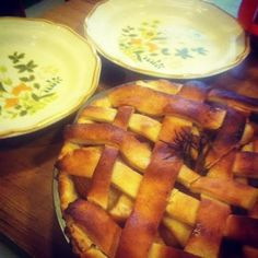 Get Baked: Rosemary Apple Pie With Sourdough Crust