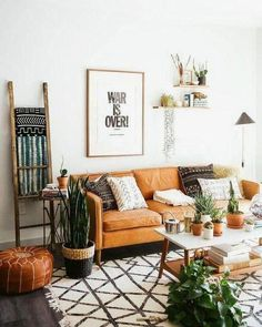 uo home living room ~ uo home ; uo home urban outfitters ; uo home living room ; uo home kitchen ; uo home decor Summer Deco, Style Summer, Boho Living Room, Dark Floor Living Room, Cozy Living, Cool Living Room Ideas, Earthy Living Room, Small Space Living Room, Colourful Living Room