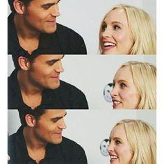 Namore alguém que te olhe como Paul olha para Candice #steroline…