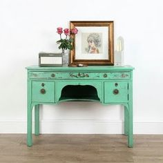 this is exactly what I need in a robin's egg blue behind our love seat. in the market for one now...