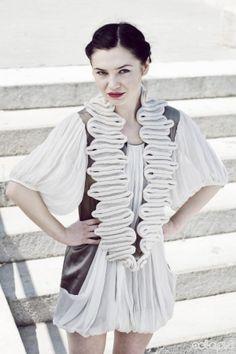 Accordion scarf (Celapiu.etsy.com)