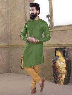 Pakistani Mens Kurta, Kurta Men, Boys Fashion Wear, Suit Fashion, Mens Fashion, Mens Kurta Designs, Blouse Designs, Pathani Kurta, Cotton Silk Fabric