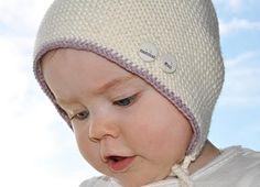 nøstebarn lettstrikket lue i merino ekstra fine Knit Crochet, Crochet Hats, Gull, Knitting, Diy, Fashion, Dots, Do It Yourself, Moda