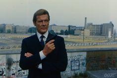 Daniel Craig 007, 007 Spectre, James Bond Movies, Roger Moore, The Secret History, Iron Man, Movie Tv, Pop Culture, Actors