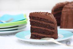 Supersaftige Schokoladen-Buttercreme-Torte #chocolate #layercake #chocolatefrosting