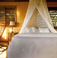 Visit Gaïa Riverlodge's photo gallery and discover the resort's cabanas and rooms, offering spectacular views or Belize's natural wonders. Belize All Inclusive, Belize Hotels, Vacation Deals, Travel And Leisure, Natural Wonders, Gaia, Cabana, Photo Galleries, Around The Worlds