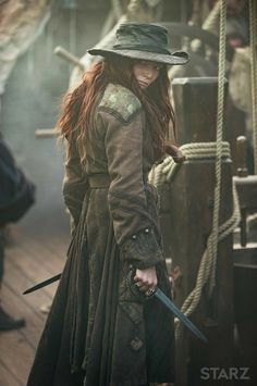 Pirate Hat - worn by Clara Paget - as Anne Bonny - in Black Sails (Stars series) - Pirate Queen, Pirate Woman, Pirate Life, Lady Pirate, Fantasy Inspiration, Story Inspiration, Character Inspiration, Character Design, Larp
