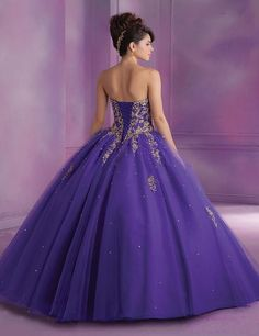 2016 Latest Best Selling Top Deisgner Vestidos de 15 Anos Sweetheart Appliques Red Purple Beige Long Quinceanera Dress Hot Sale