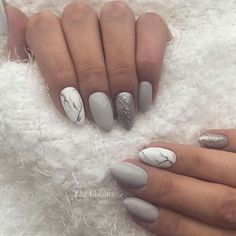 New Makeup Christmas Korean Ideas Aycrlic Nails, Nails 2018, Gray Nails, Fun Nails, Hair And Nails, Holiday Nails, Christmas Nails, Nail Polish Art, Super Nails