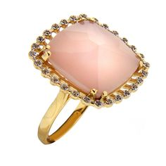 Gold ring with pink quartz and brown diamonds // anillo de oro con cuarzo rosa y diamantes marrones