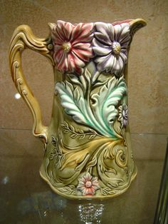 Pichet Floral Barbotine à Decor De Marguerites Onnaing