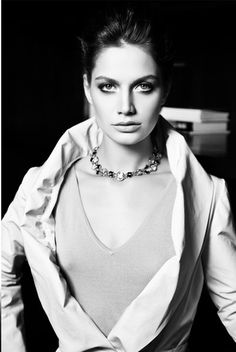 Gülcan Arslan - Elele Magazine Pictorial [Turkey] (March 2012)