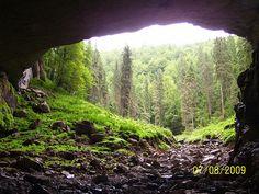 Turism Romania, Visit Romania, Coiba, Tourist Places, Nice Place, Cool Places To Visit, Amazing Art, Montana, Waterfall
